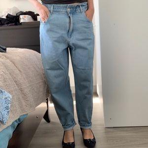 Zara jeans 6 size medium